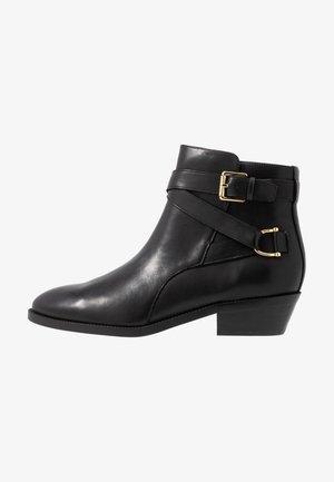 EGERTON - Cowboy/biker ankle boot - black