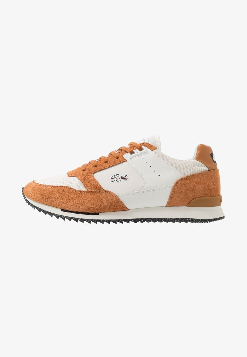 Lacoste - PARTNER PISTE - Sneakers laag - brown/offwhite
