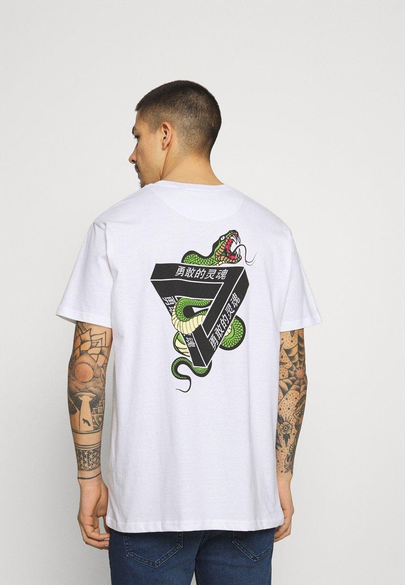 Brave Soul - SCALE - Print T-shirt - white