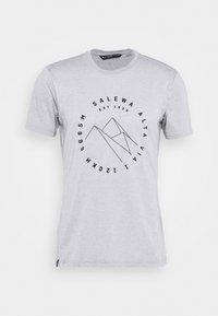 Salewa - ALTA VIA DRY TEE - Print T-shirt - heather grey - 4