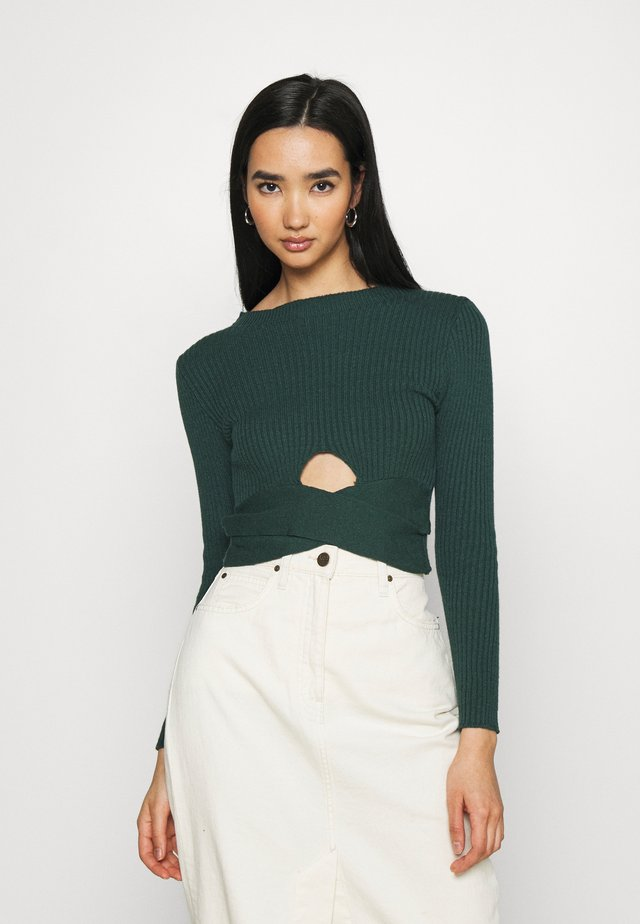 TIANAH CUT OUT RIBBED - Pullover - forest green