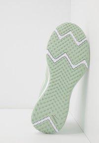 Nike Performance - REVOLUTION 5 - Zapatillas de running neutras - pistachio frost/barely volt/smoke grey - 4