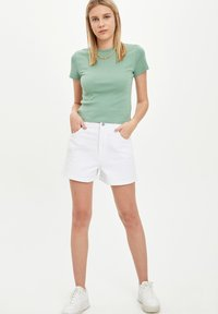 DeFacto - Denim shorts - white - 1