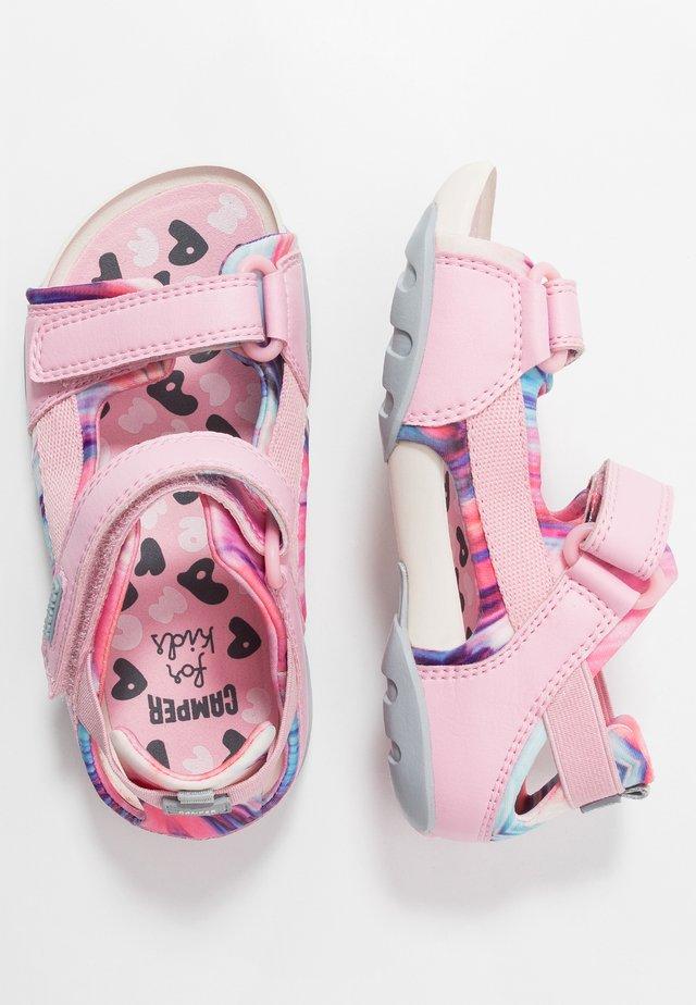OUS KIDS - Chodecké sandály - pink