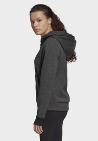 adidas Performance - MUST HAVES VERSATILITY HOODIE - Collegetakki - black