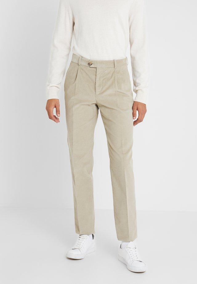 FRANCOIS CARROT PANTS - Pantalon classique - sage