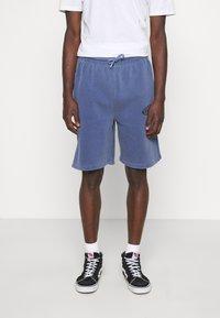 Vintage Supply - OVERDYE BRANDED - Shorts - navy - 0