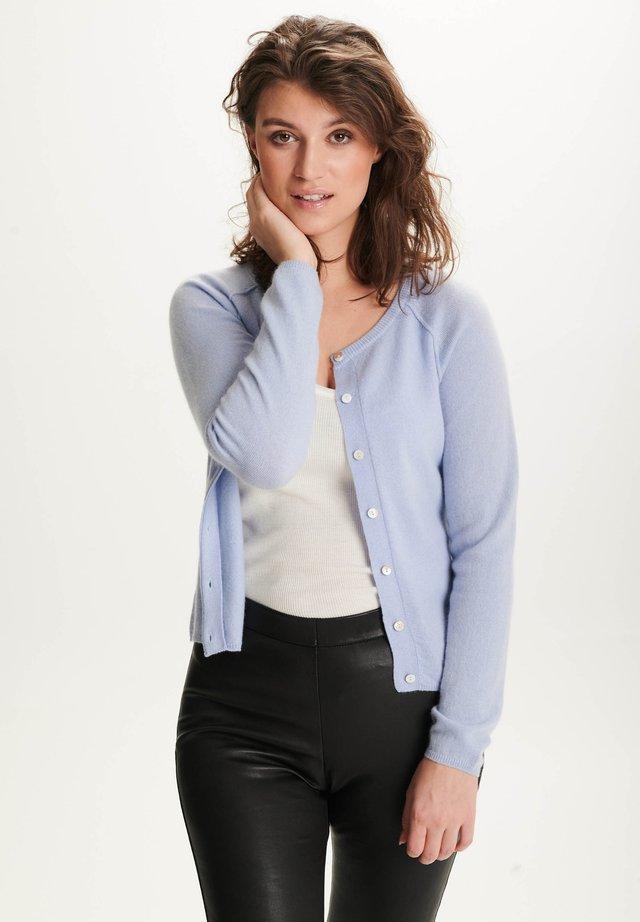 LINE - Vest - pastel blue