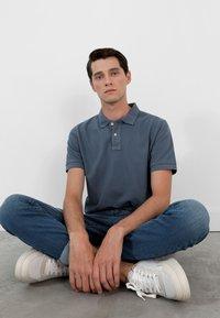 Scalpers - Polo shirt - blue - 3