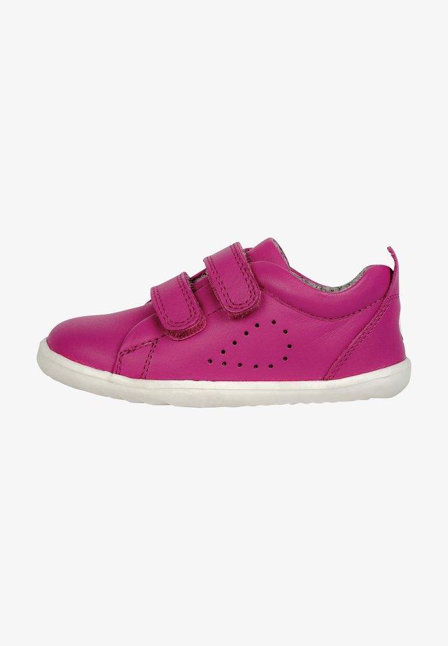GRASS COURT  - Sneakers laag - raspberry