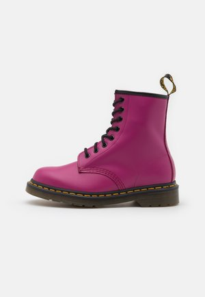1460 EYE BOOT UNISEX - Lace-up ankle boots - fuchsia