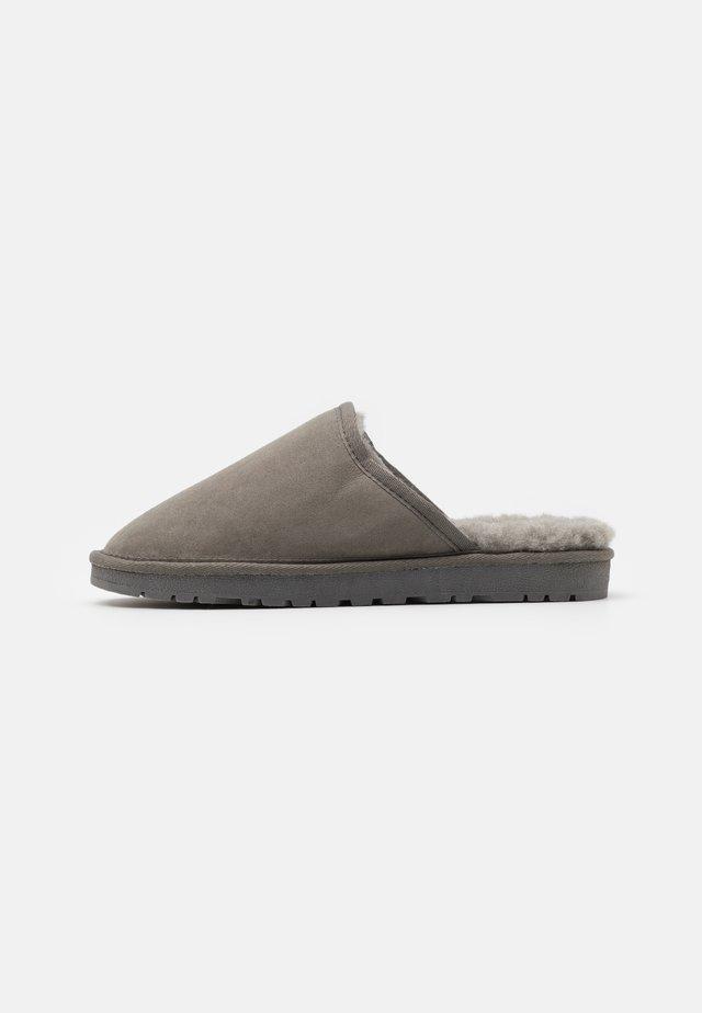 BIADALE HOMESLIPPER - Tofflor & inneskor - light grey