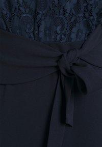 Sistaglam Curve - DALLAS CURVE - Jersey dress - navy - 2