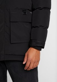 Bellfield - TRIM MOUNTAIN - Talvitakki - black - 4
