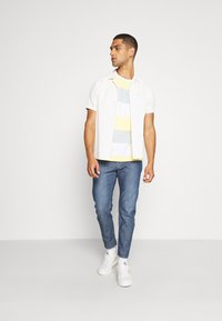 G-Star - LOIC RELAXED TAPERED - Jeans Tapered Fit - faded navy - 1
