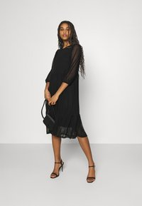 Vero Moda - VMGAIA 3/4 SLEEVE DRESS  - Cocktail dress / Party dress - black - 1