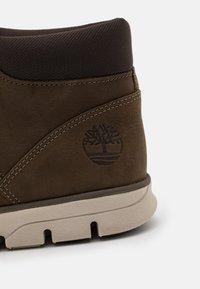 Timberland - BRADSTREET - Höga sneakers - olive - 5