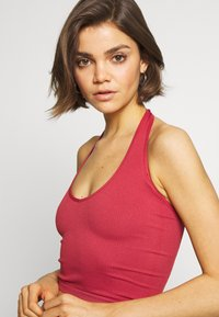 BDG Urban Outfitters - JACKIE HALTER - Top - mineral red - 4