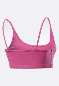 Reebok Classic - CLASSIC SMALL LOGO LOW-IMPACT BRA - Sports bra - pink - 8