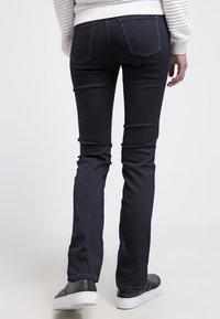 MAC Jeans - DREAM - Straight leg jeans - rinsed - 2