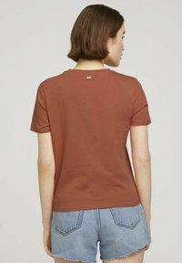 TOM TAILOR DENIM - Print T-shirt - sundown coral - 2