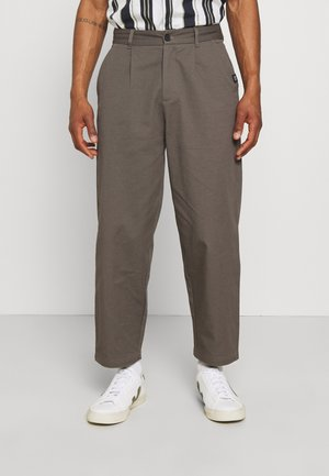 PLEATED TROUSER - Bukser - charcoal
