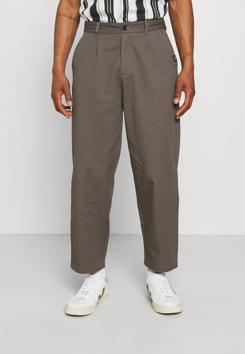 Vintage Supply - PLEATED TROUSER - Trousers - charcoal