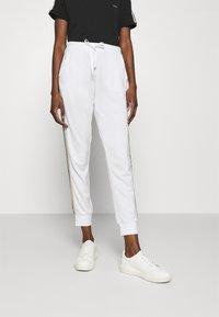 Liu Jo Jeans - PANT - Trousers - bianco/silver - 0
