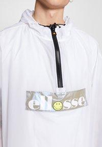 Ellesse - GIOCO - Poncho - white - 6