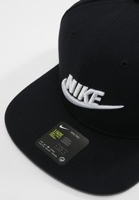 Nike Sportswear - FUTURA PRO - Cap - black/pine green/black/white - 4