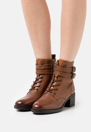 WIDE FIT PAXAN - Lace-up ankle boots - tan
