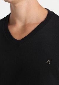 Replay - 2 PACK - T-shirt basic - black - 4