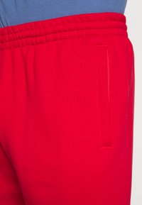 adidas Originals - SLICE - Träningsbyxor - scarlet/crew blue - 3