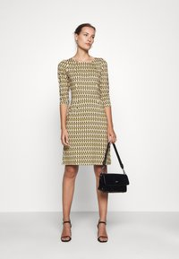 King Louie - MONA DRESS - Jersey dress - gold/yellow - 1
