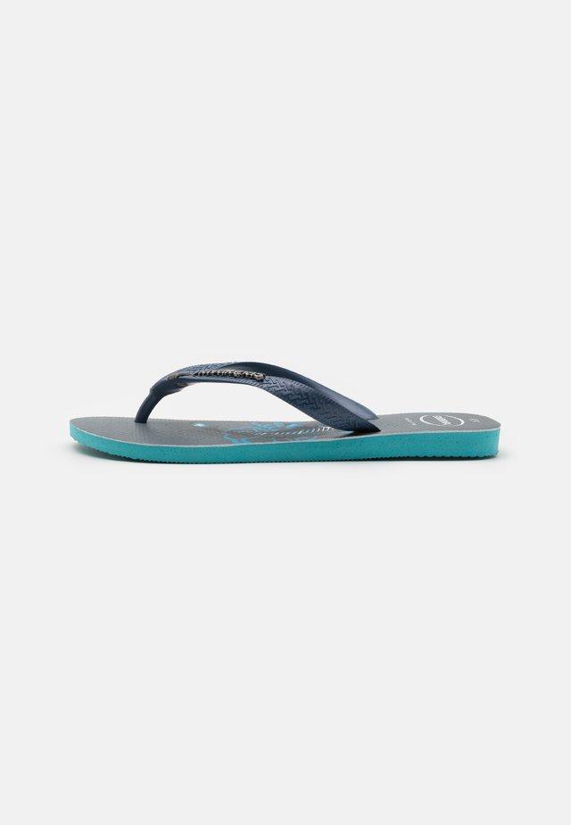 TRIBO - Boty do bazénu - blue