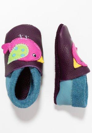 BIRDIE - First shoes - aubergine