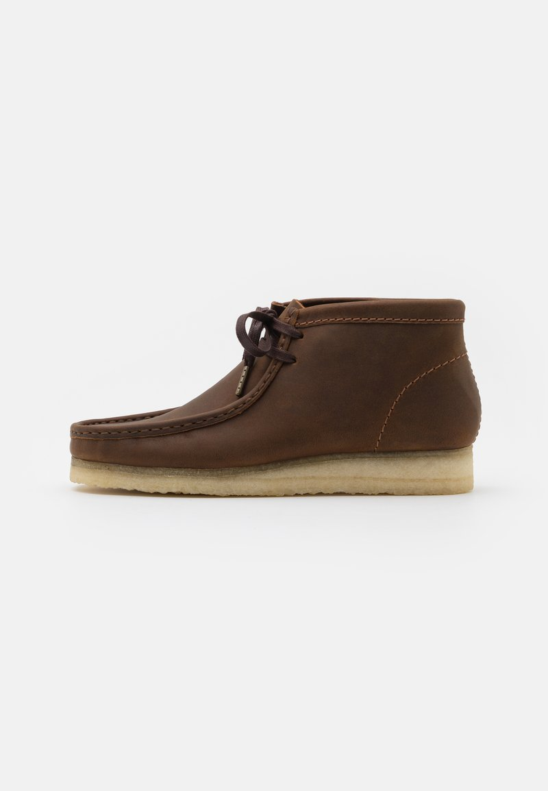 Clarks Originals - WALLABEE - Casual lace-ups - beeswax