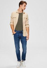 Selected Homme - Jeans straight leg - medium blue denim - 1