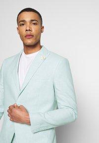 Isaac Dewhirst - PLAIN WEDDING - Oblek - mint - 8