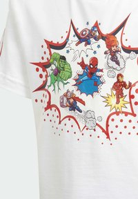 adidas Performance - SUPERHERO ADVENTURES T-SHIRT - Print T-shirt - white - 2