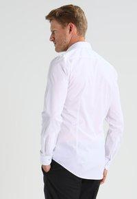 OLYMP Level Five - SUPER SLIM FIT - Formální košile - weiß - 2