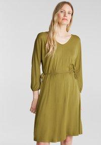 Esprit - FASHION - Korte jurk - olive - 0