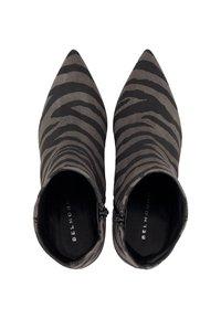 Belmondo - TREND - Classic ankle boots - beige - 1