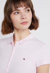 Tommy Hilfiger - HERITAGE SHORT SLEEVE - Polo shirt - cradle pink - 3