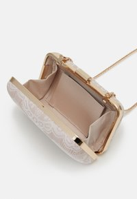 Forever New - Clutches - blush - 2