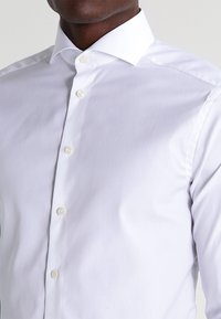 Eton - SUPER SLIM FIT - Camicia elegante - white - 3
