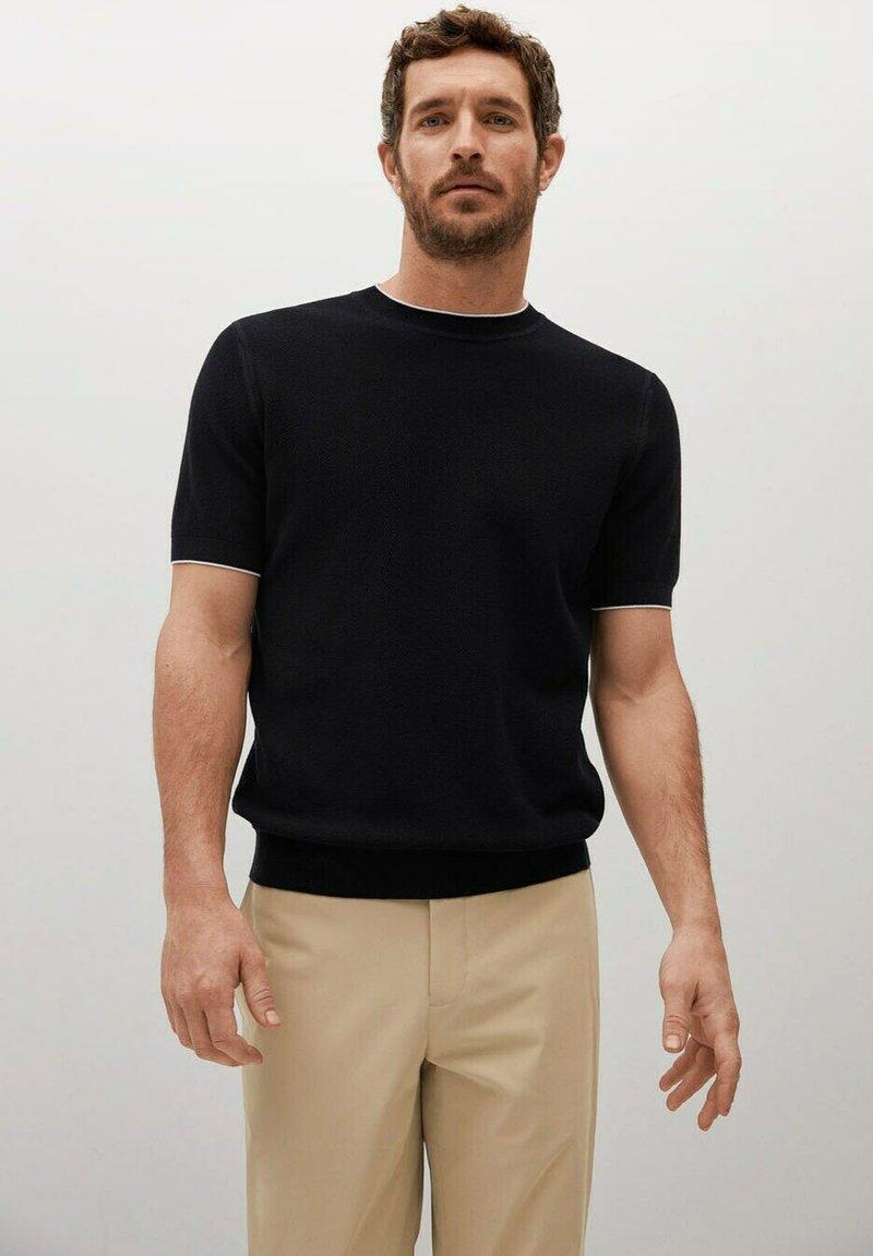 Mango - ROSS - Basic T-shirt - black