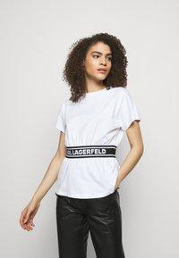 KARL LAGERFELD - LOGO TAPE - Pyjama top - white - 0