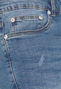 Solid - SDRYDER DESTROY - Jeansshort - light blue denim - 5