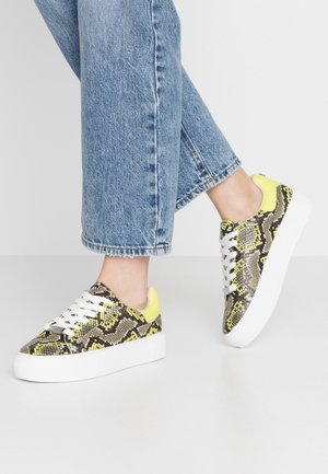 MERGER - Sneakers laag - citron/multicolor